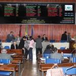 ALPB recorrerá da decisão que reduz vagas de deputados
