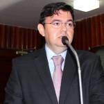 Lindolfo pede debate na ALPB sobre maioridade penal