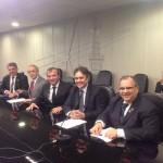 Ministro garante permanência do terminal da Petrobras em Cabedelo