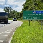 Deputados participam de inauguração de rodovia e inspecionam Hospital Metropolitano