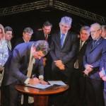 Deputados e autoridades prestigiam inauguração do Centro Administrativo do Poder Legislativo