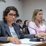 CCJ aprova projeto que proíbe o uso de algemas em apenadas em trabalho de parto