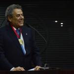 Assembleia entrega Medalha de Mérito Jurídico Tarcísio de Miranda Burity ao advogado Técio Lins e Silva