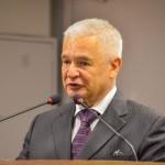 Assembleia concede cidadania paraibana ao procurador Carlos Francisco B. da Rocha Bandeira Lins