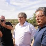 Adriano e governador João Azevêdo garantem apoio a famílias desabrigadas pelas chuvas em Pocinhos