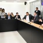 Assembleia cria comissão especial para analisar PECs que ampliam direitos da população