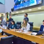 CCJ aprova projeto que estimula primeiro emprego para jovens em organizações sociais na Paraíba